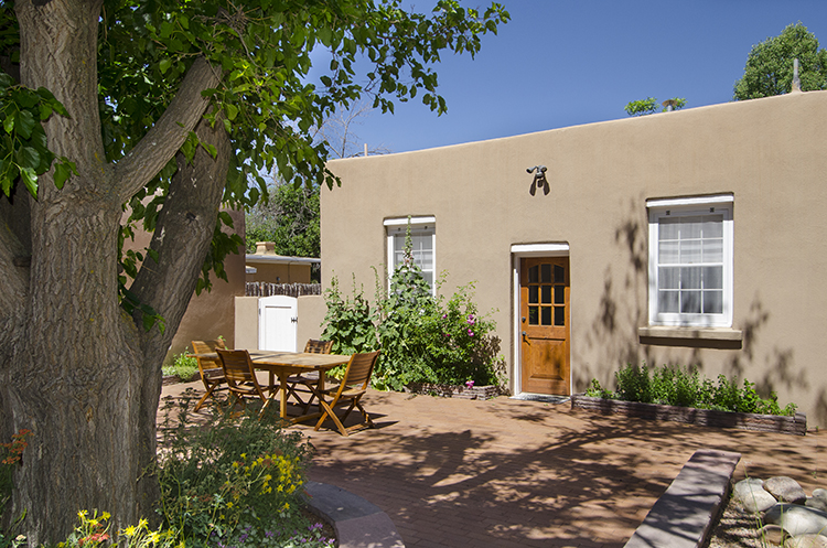 Vacation Rental near the Santa Fe Plaza | Adobe Destinations | Outdoor Patio