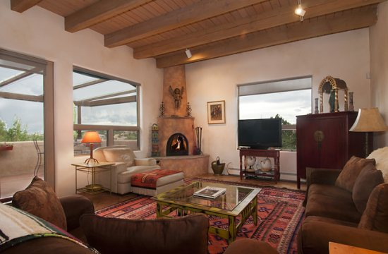 Luxury Home Rentals in Santa Fe NM | Adobe Destinations