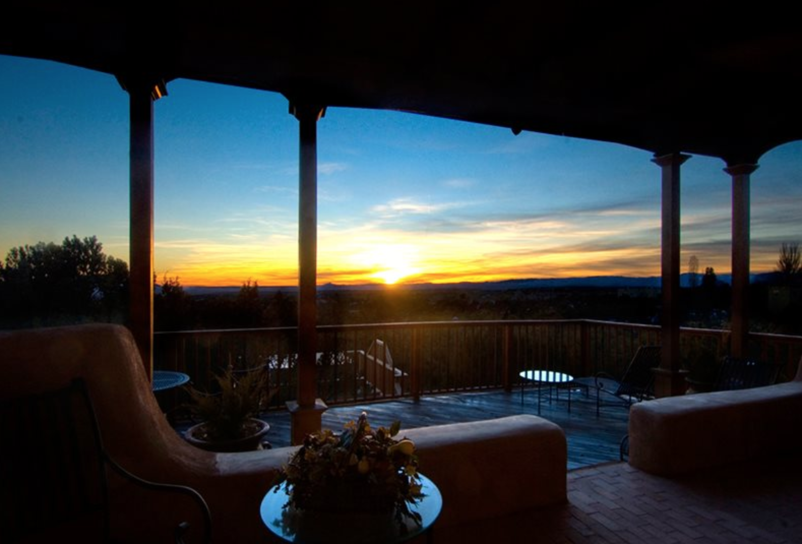Homes with A View in Santa Fe New Mexico | Adobe Destinations