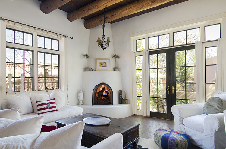 Canyon Road in Santa Fe, NM | Vacation Homes from Adobe Destinations