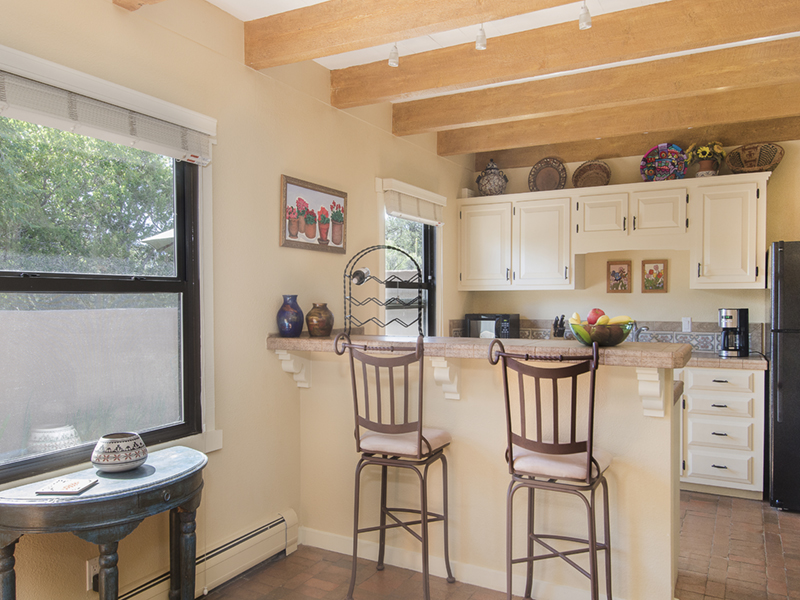 Santa Fe Vacation Homes from Adobe Destinations | Placita Kitchen