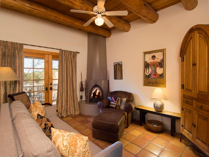Condo in Santa Fe | Living Room
