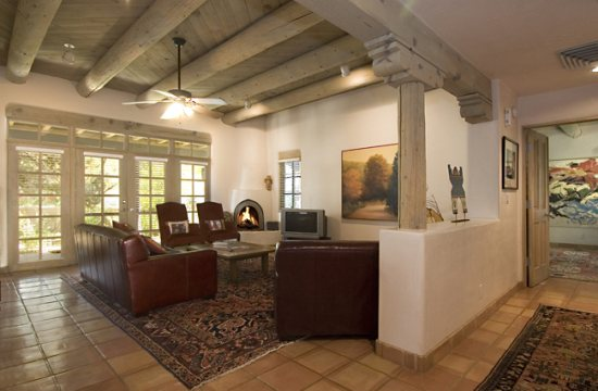 Luxury Vacation Rentals in Santa Fe NM | Adobe Destinations