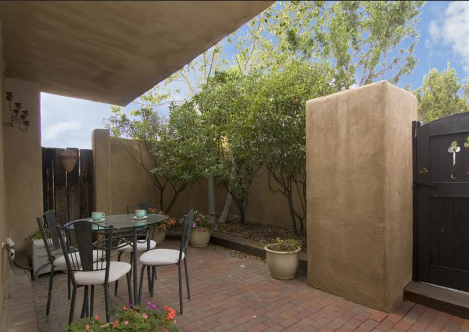 Private Courtyard for your Santa Fe New Mexico Vacation